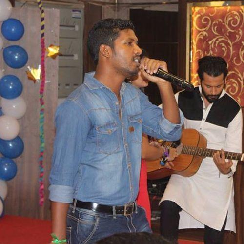Shrihari Naik's avatar