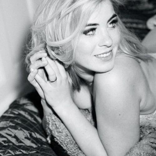 Jasmin Madeleine's avatar