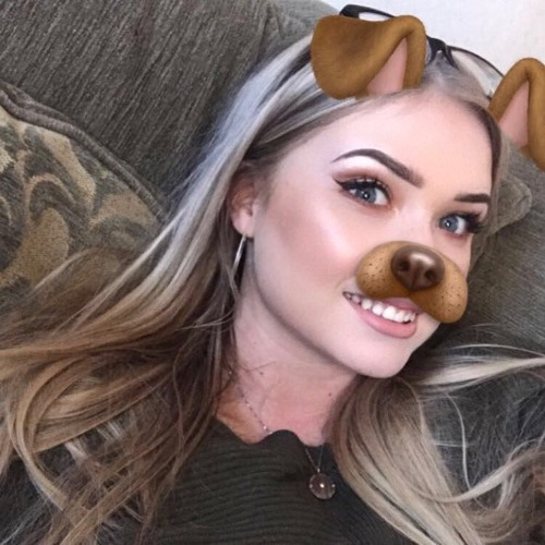 Molly Groves's avatar