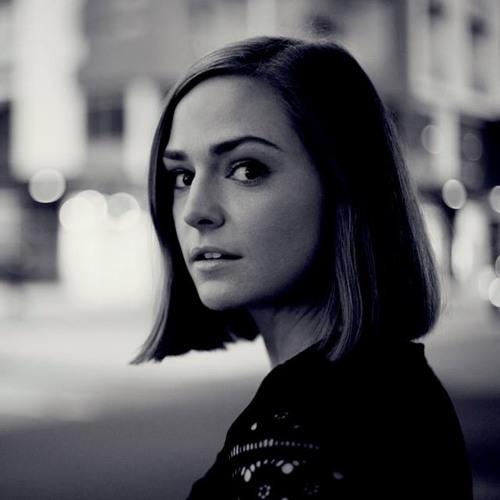 Jeanie Proude's avatar