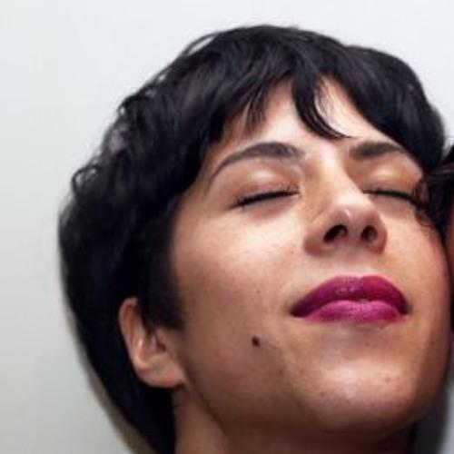 Adrianna's avatar