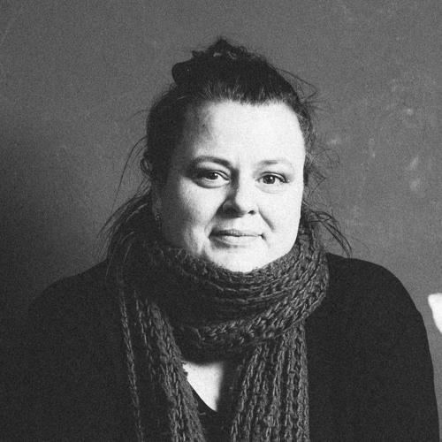 Frau Voelker's avatar