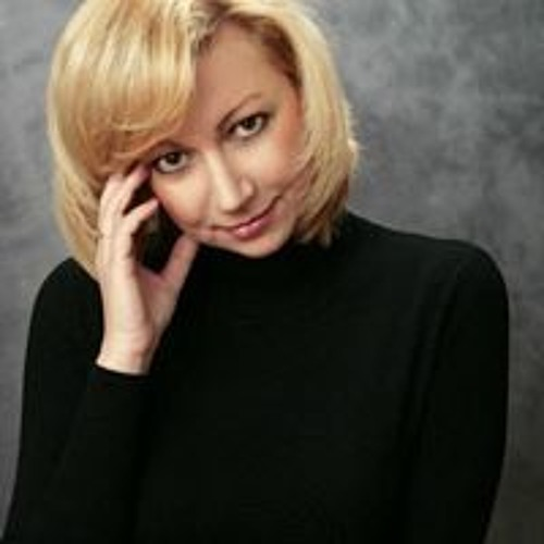 Marta Molfar's avatar