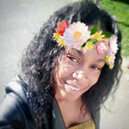 Lovly Rosaline's avatar