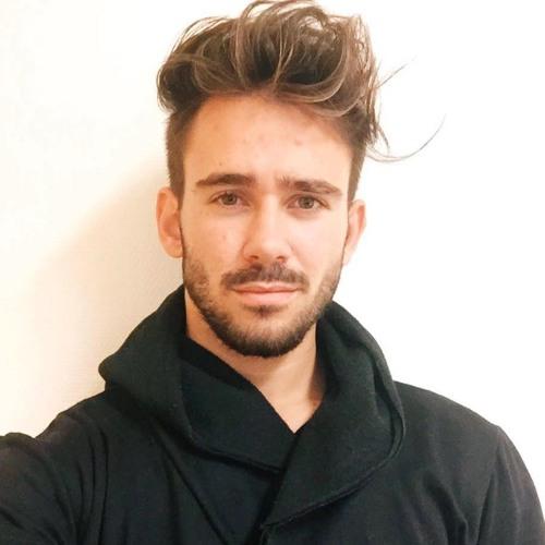 Alex Mood's avatar