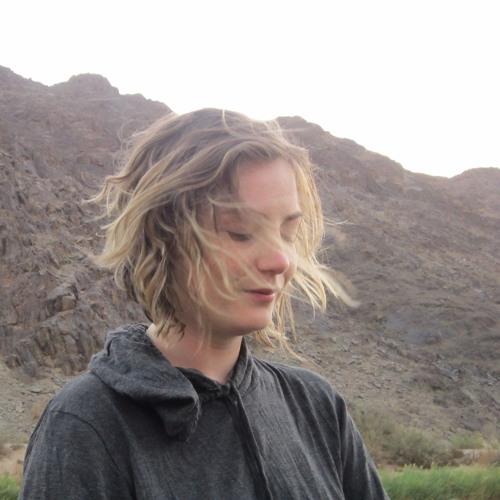 Lauren Macaulay Lyons's avatar