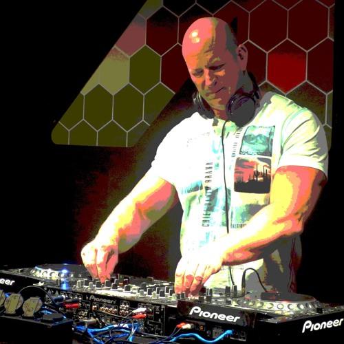 DJ JarnO (Jan Haaring)'s avatar