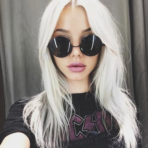 Carmen G's avatar