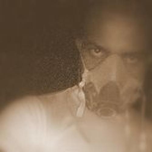 Luar Gil's avatar