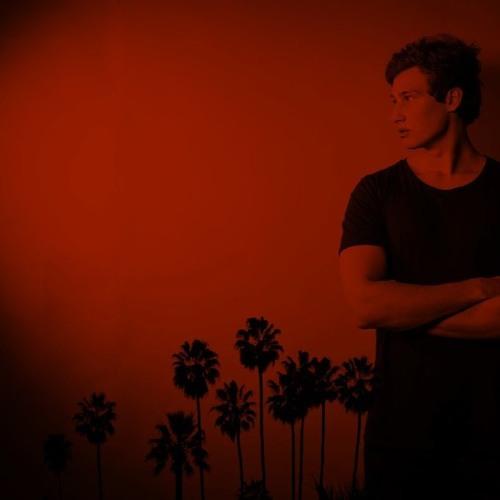 Chris Denation ✪'s avatar