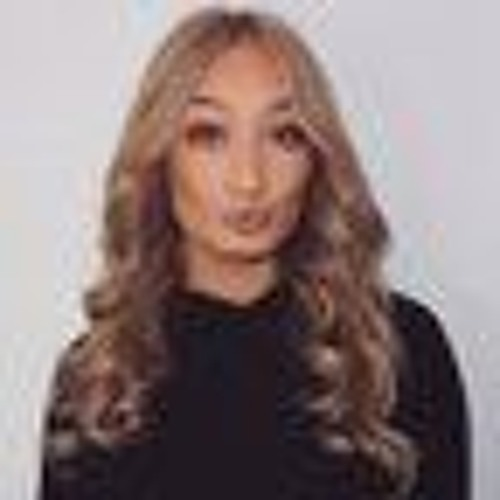 Daisey Bella's avatar