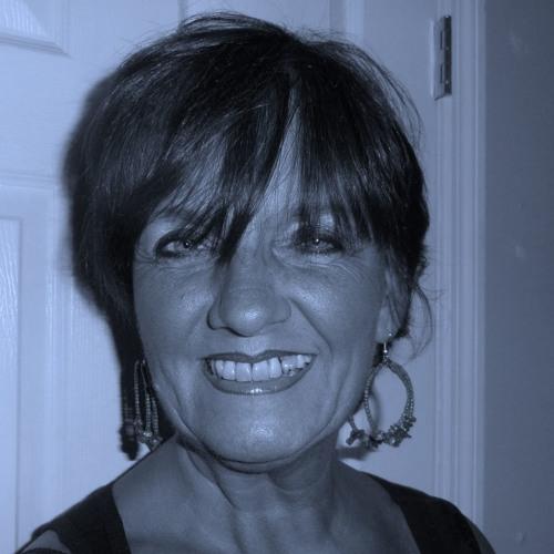 VoicesByDaniela's avatar