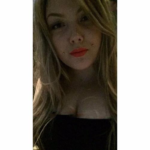Julieaamand's avatar