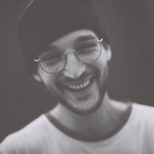 Tom Benedek's avatar