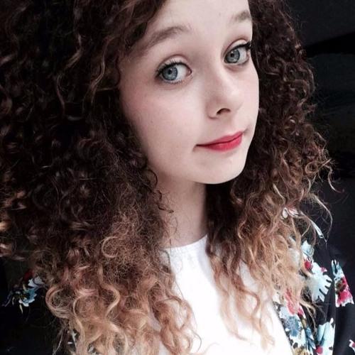Renee Ashley's avatar
