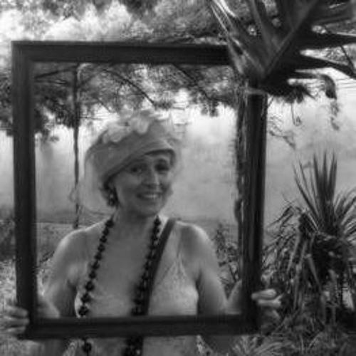 Geneviève Charles's avatar