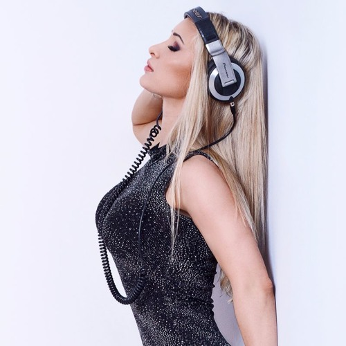 Dj Hot Lady's avatar