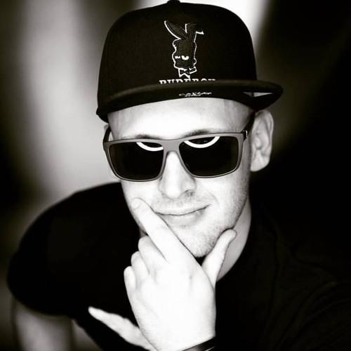 Anatol Cyberia's avatar