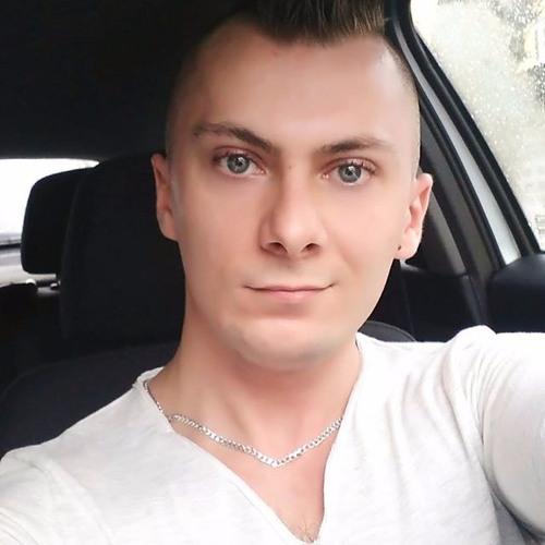 Maxi's avatar
