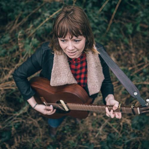 Julie Collings : Singer Songwriter & Composer's avatar