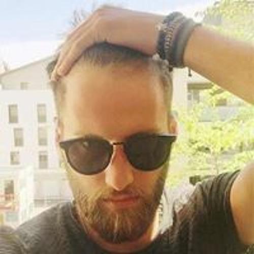 Beka Lomtadze's avatar