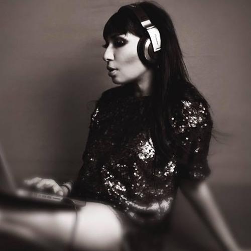 Priya Sen's avatar