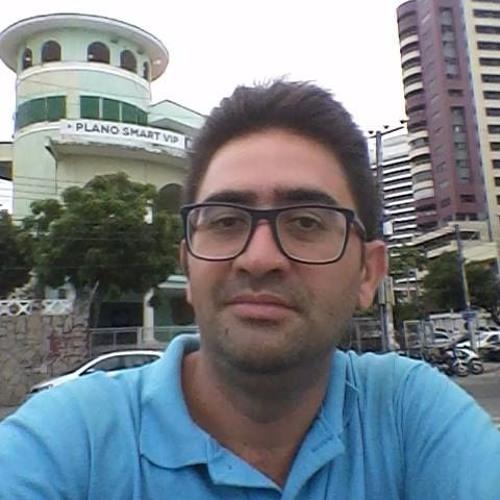 Carlos Emanuel's avatar