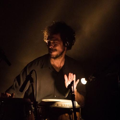 Eduardo Lyra's avatar