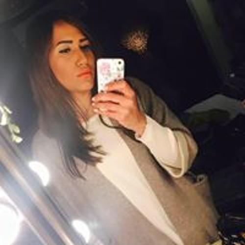 Darine Khalifa's avatar