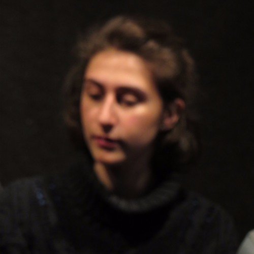 Julia Rae's avatar