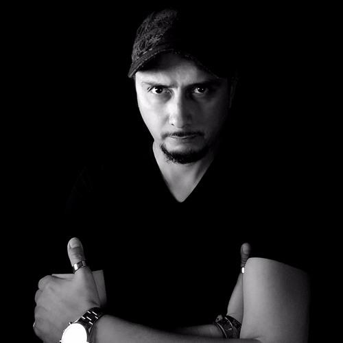 Hernan Tapia's avatar