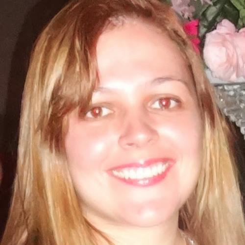 cida monteiro's avatar