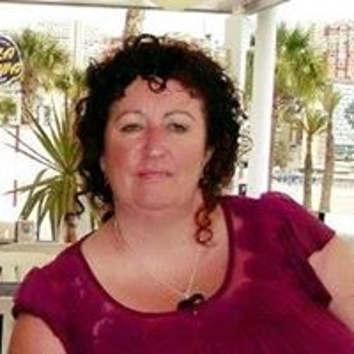 Tracey Holland's avatar