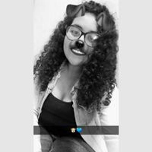 Isabelle Oliveira's avatar