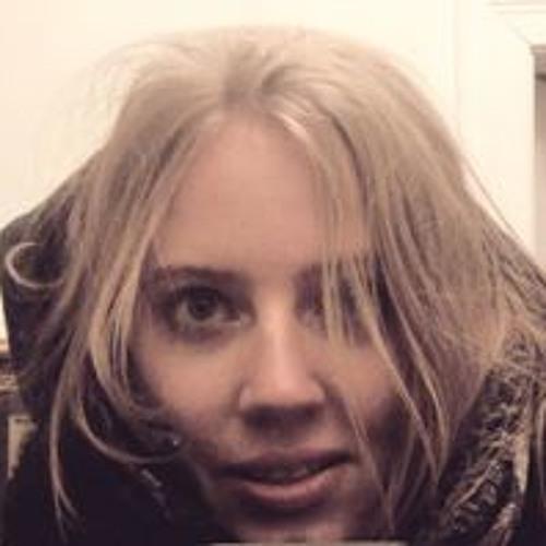 Karolina Data's avatar