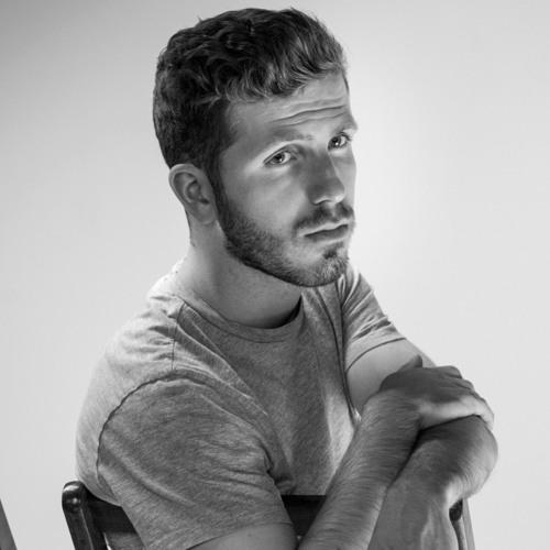 Alec Sievern's avatar