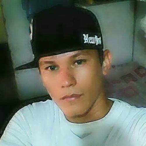 Miguel león's avatar