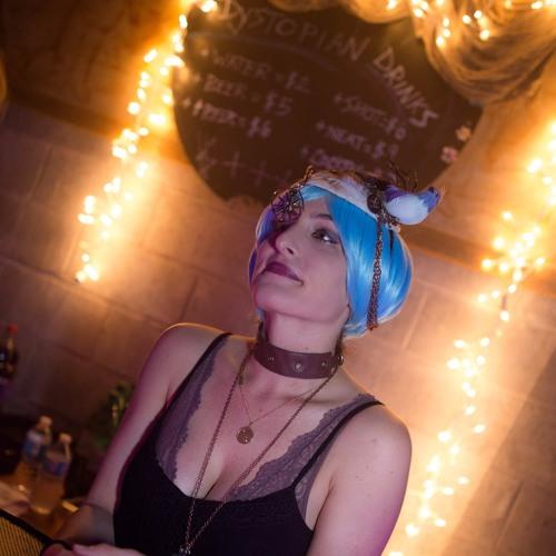 Christine Ella's avatar