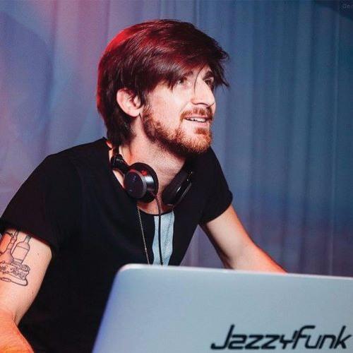 Macs Cortella's avatar