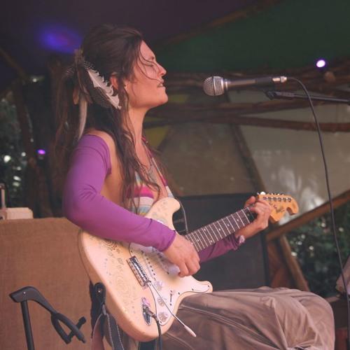 Gypsy Shakti Deva's avatar