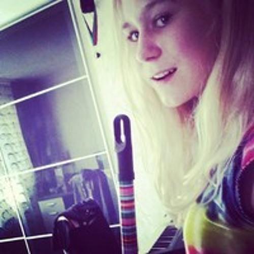 JanelleSmith's avatar