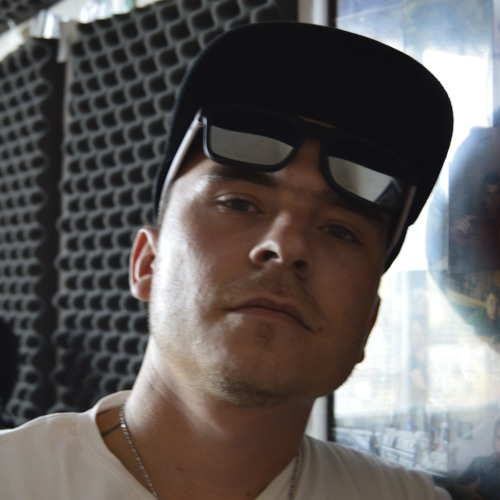 WaveProduction Beats's avatar