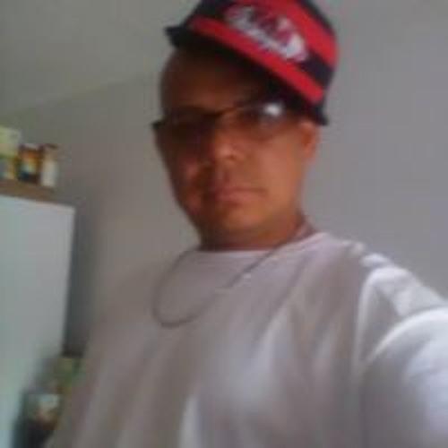 Geovany Monroy's avatar