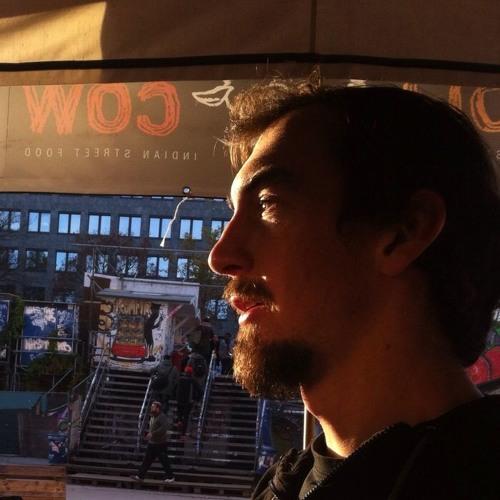 Eduardo Risi's avatar