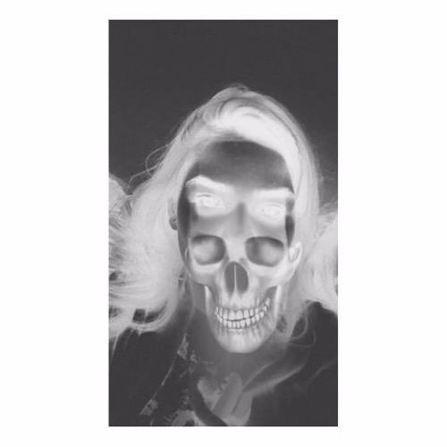 Maryam Hussain 3's avatar
