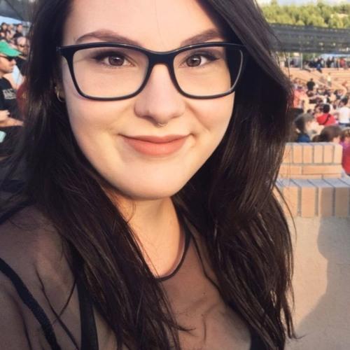 Laura Alcaide's avatar
