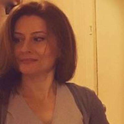 Ana Mere's avatar