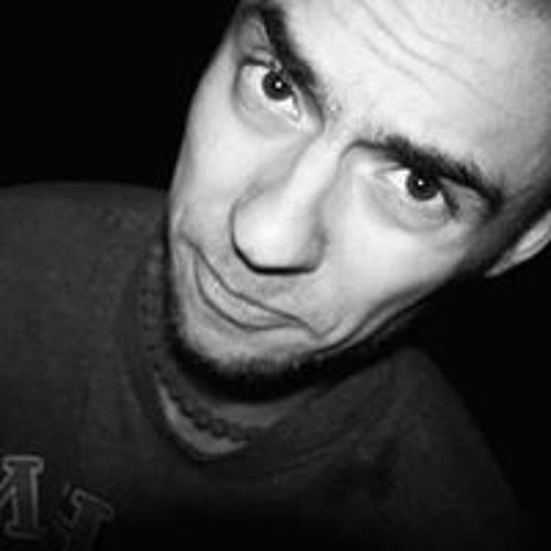 Artem Melnychenko's avatar