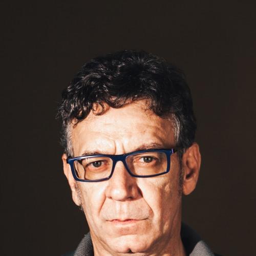 LulaQueiroga's avatar