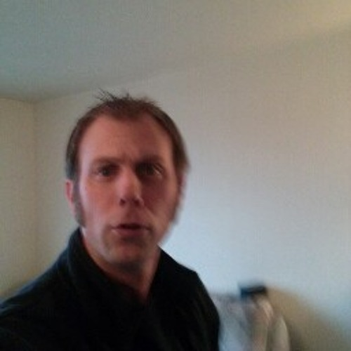 mcrox007's avatar